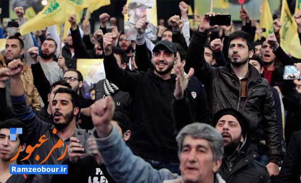 خبرنگار خارجی هم موقع سخنرانی سید بلند شد به شعار دادن!